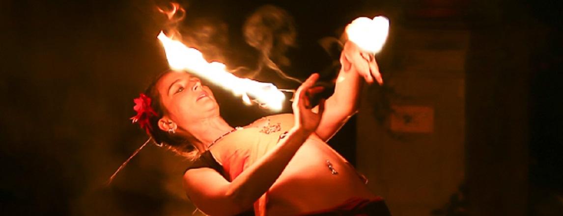 Feuershow Handfackeln
